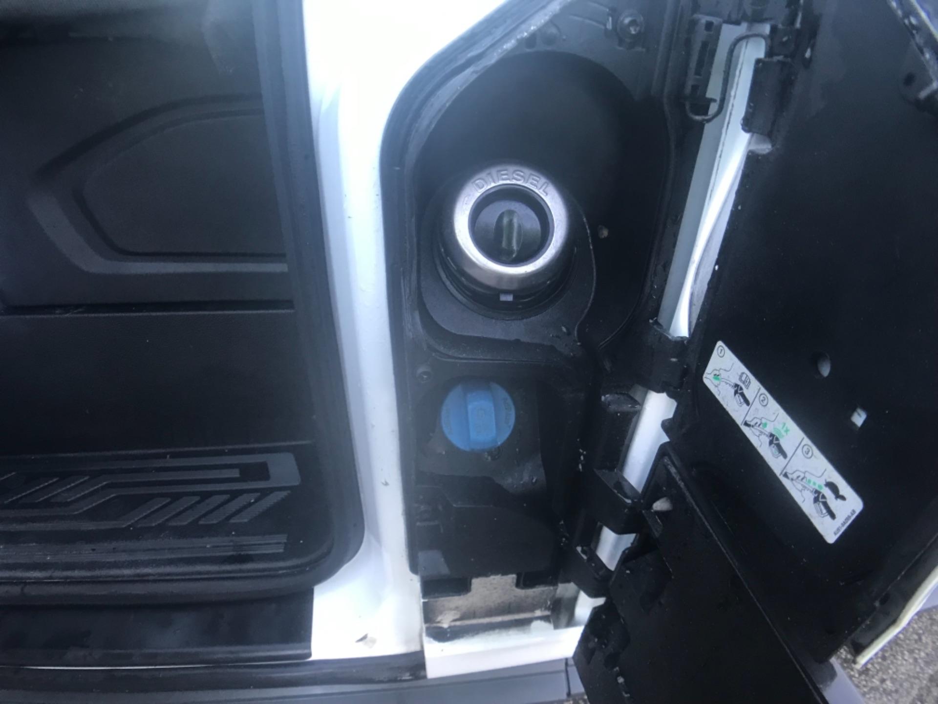 2018 Ford Transit 350  L3 H3 VAN 130PS EURO 6 (FL18XDT) Image 23
