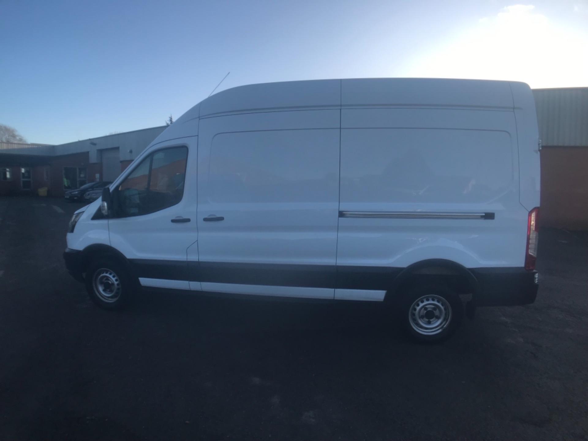 2018 Ford Transit 350  L3 H3 VAN 130PS EURO 6 (FL18XDT) Image 18