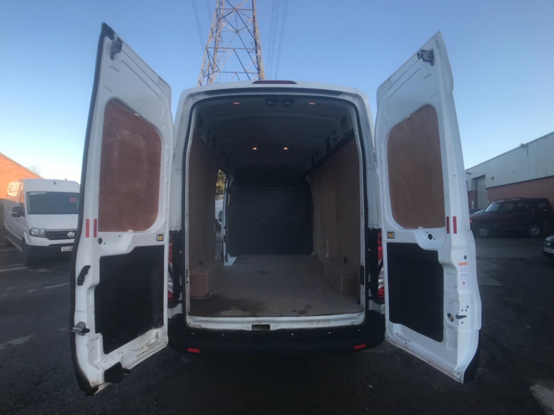 2018 Ford Transit 350  L3 H3 VAN 130PS EURO 6 (FL18XDT) Image 22