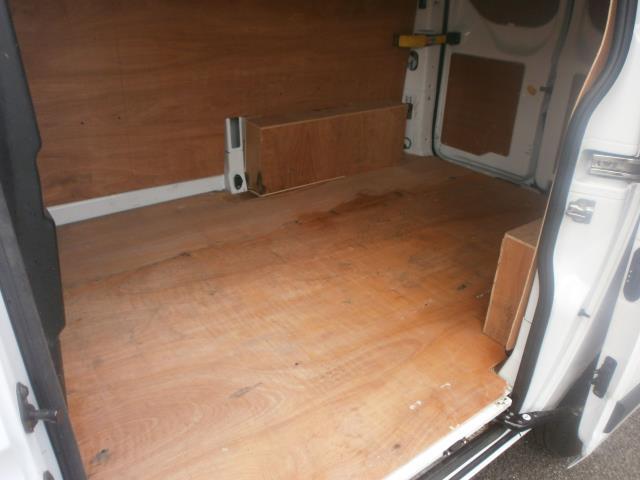 2015 Ford Transit Custom L1 2.2 Tdci SWB 100Ps Low Roof Van EURO 5 (FL65PHV) Image 17