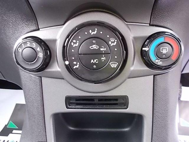2015 Ford Fiesta  DIESEL 1.5 TDCI VAN EURO 5/6 (FL65PMY) Image 16