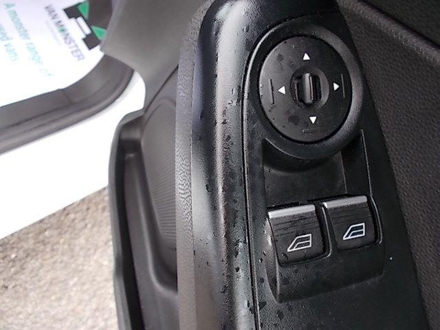 2015 Ford Fiesta  DIESEL 1.5 TDCI VAN EURO 5/6 (FL65PMY) Image 19