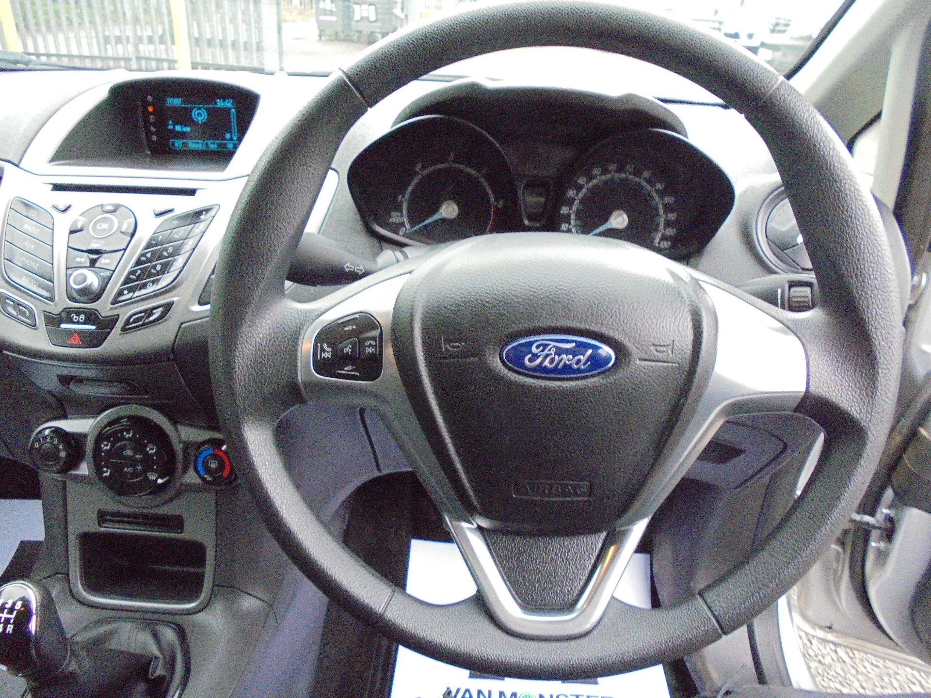 2015 Ford Fiesta  DIESEL 1.5 TDCI VAN EURO 5 (FL65PXB) Image 12