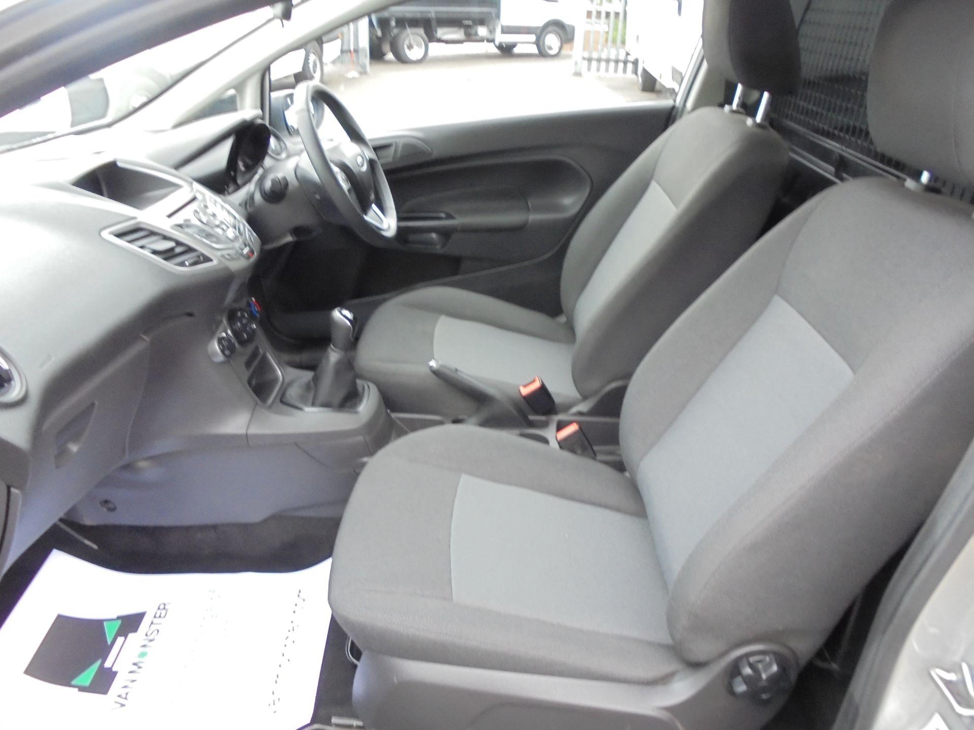 2015 Ford Fiesta  DIESEL 1.5 TDCI VAN EURO 5 (FL65PXB) Image 14