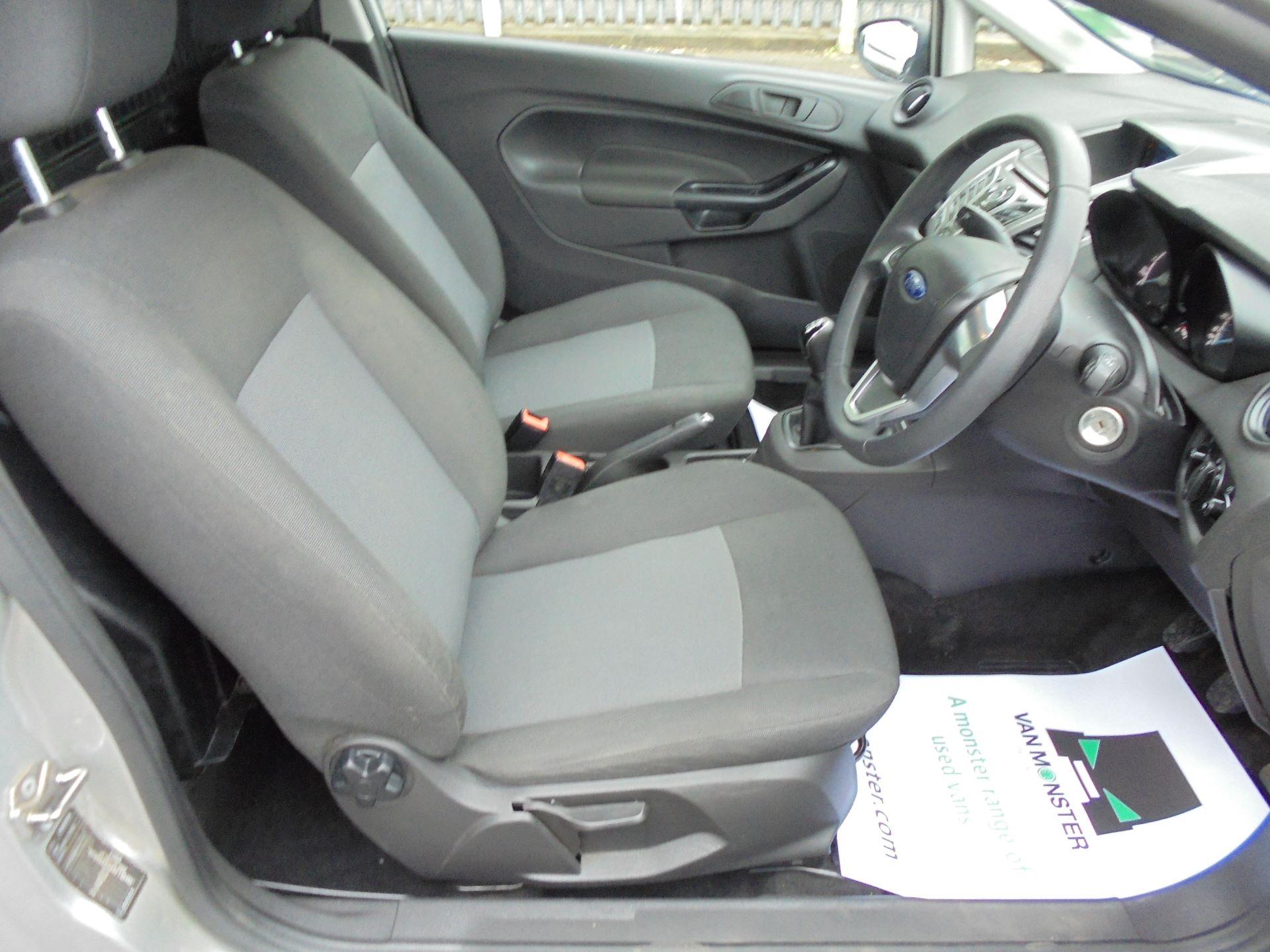 2015 Ford Fiesta  DIESEL 1.5 TDCI VAN EURO 5 (FL65PXB) Image 9