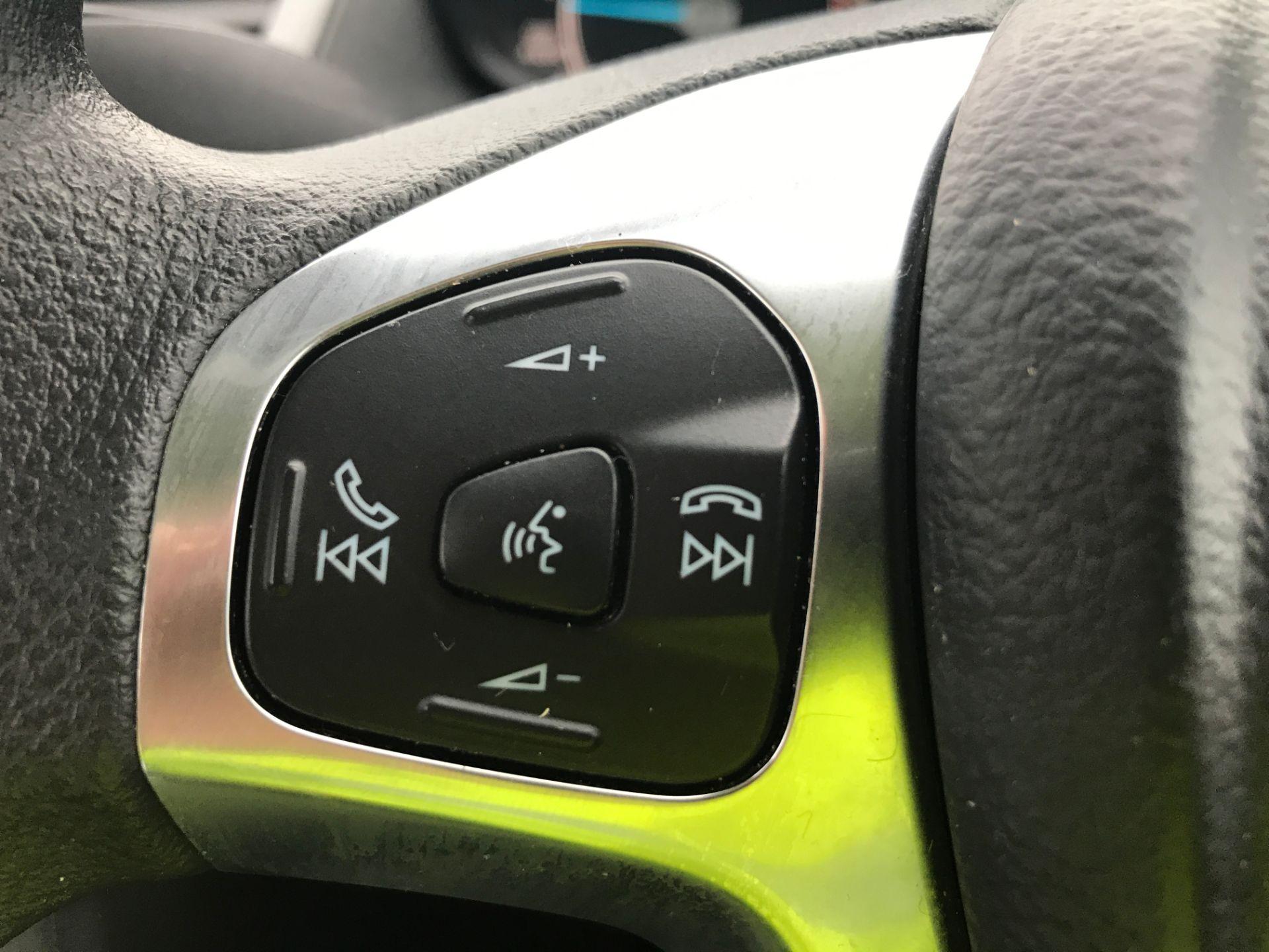2015 Ford Fiesta 1.5TDCI 75PS EURO 5, AIR CON (FL65PXW) Image 21