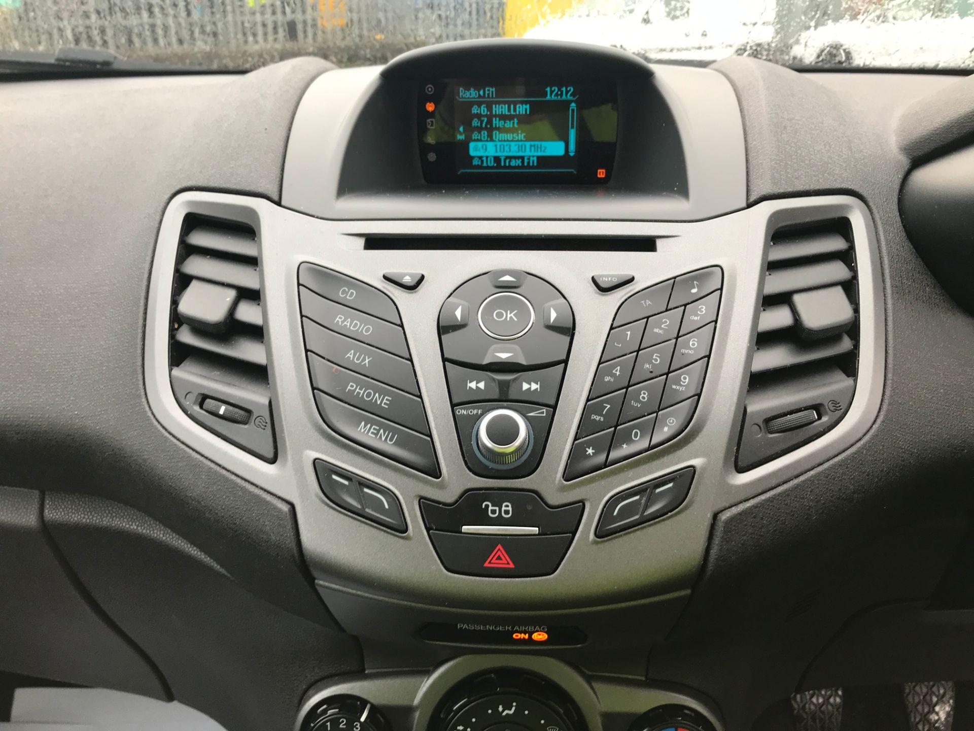 2015 Ford Fiesta 1.5TDCI 75PS EURO 5, AIR CON (FL65PXW) Image 3