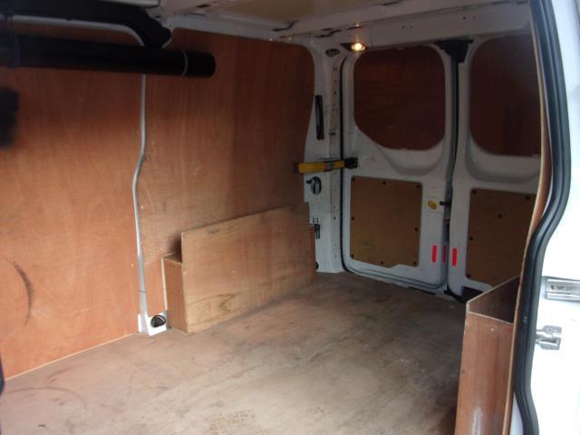 2015 Ford Transit Custom 2.2 Tdci 100Ps Low Roof Van (FL65RFF) Image 19