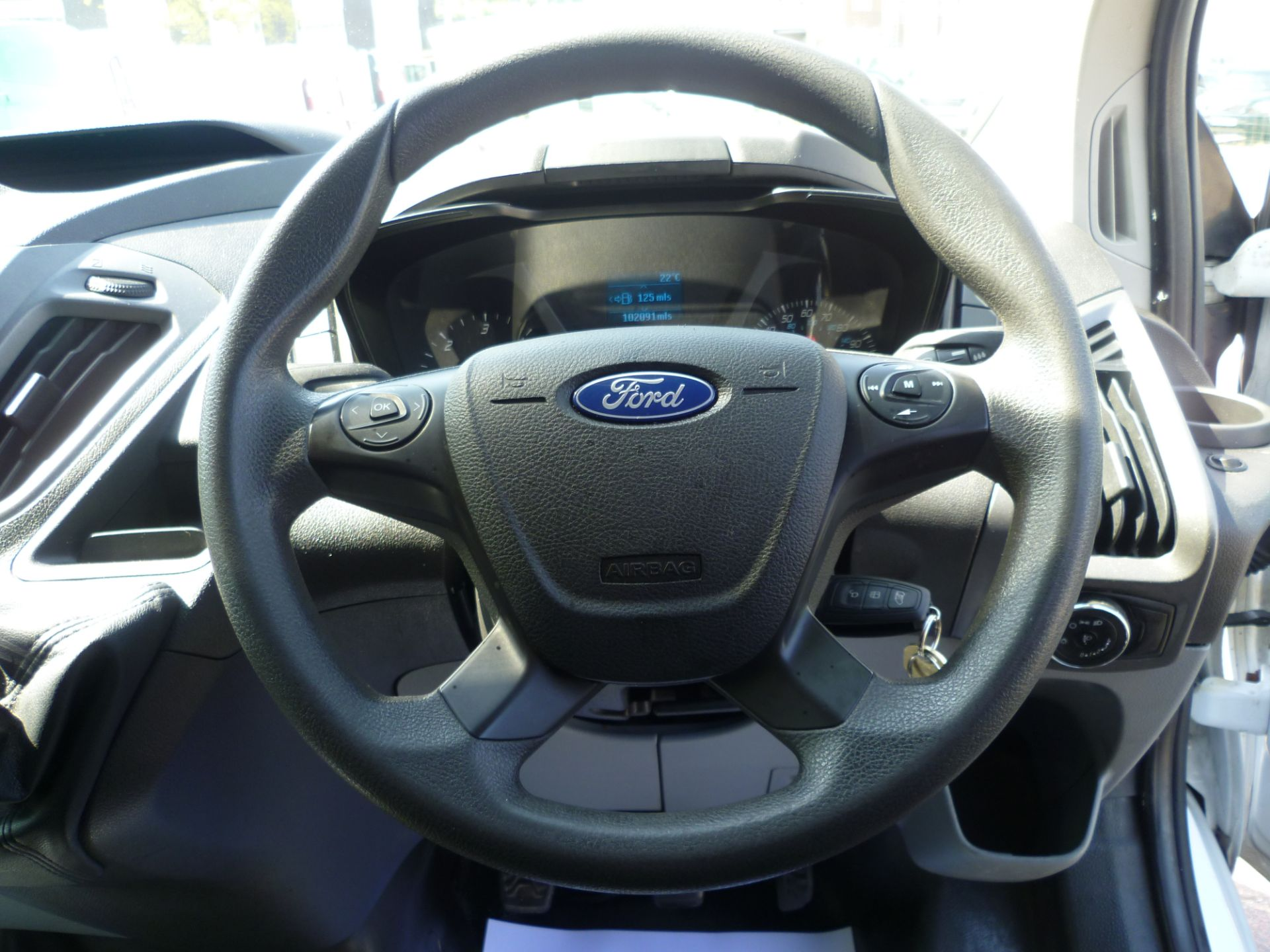 2015 Ford Transit Custom 290 L1 DIESEL FWD 2.2  TDCI 100PS LOW ROOF VAN EURO 5 (FL65RKA) Image 21
