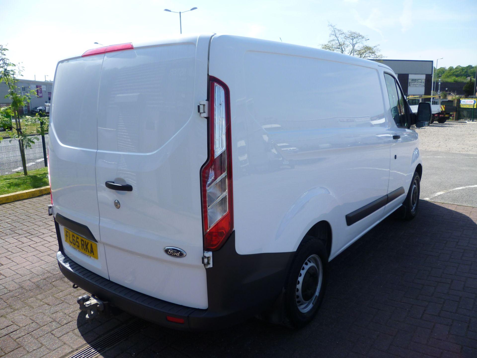 2015 Ford Transit Custom 290 L1 DIESEL FWD 2.2  TDCI 100PS LOW ROOF VAN EURO 5 (FL65RKA) Image 4