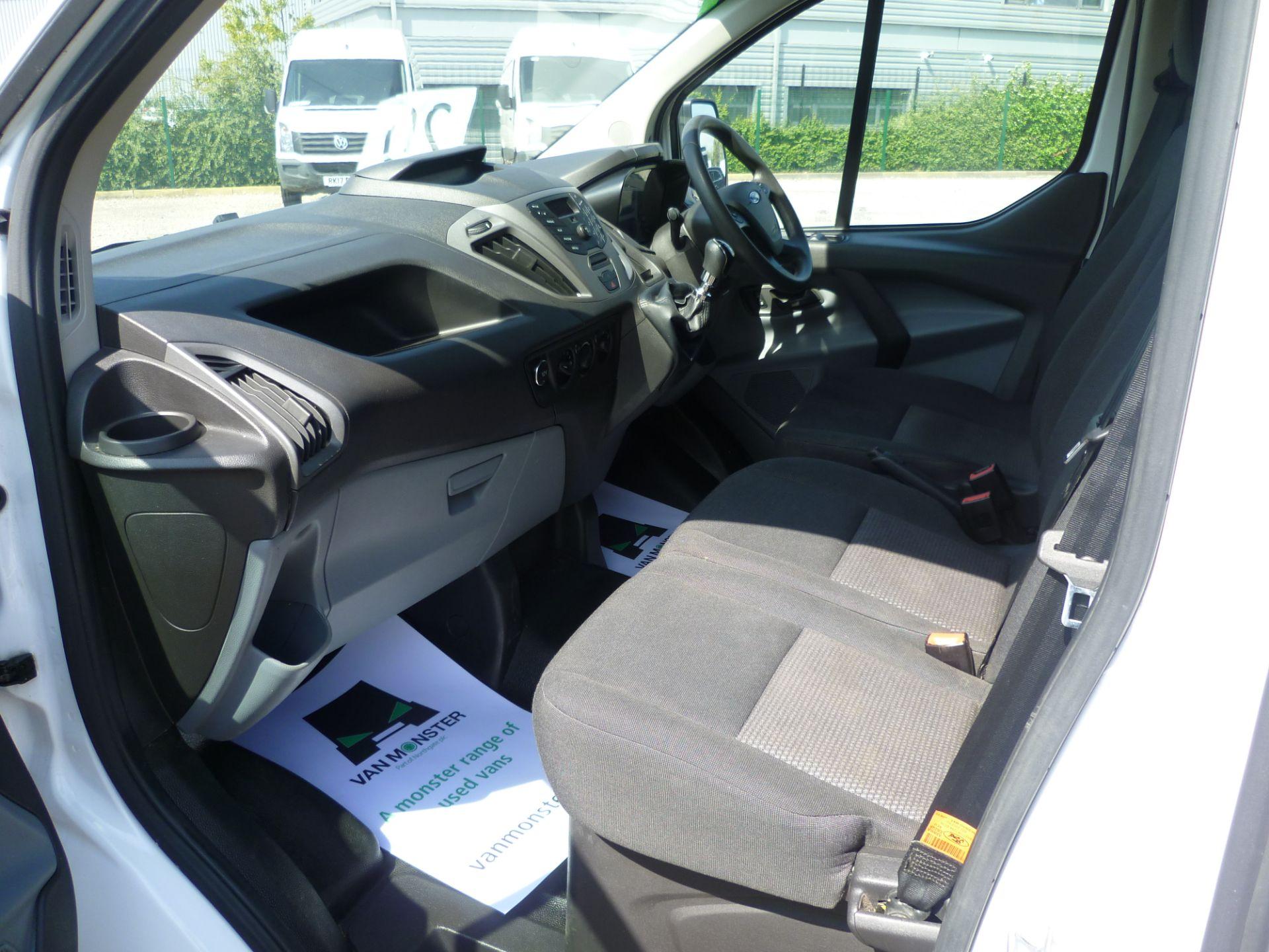 2015 Ford Transit Custom 290 L1 DIESEL FWD 2.2  TDCI 100PS LOW ROOF VAN EURO 5 (FL65RKA) Image 19