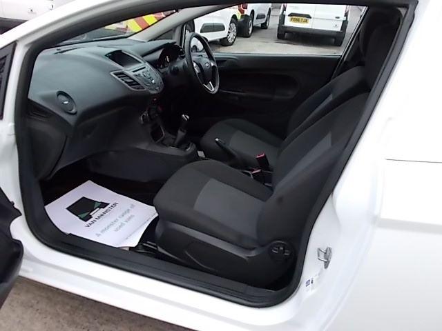 2015 Ford Fiesta  DIESEL 1.5 TDCI VAN EURO 5/6 (FL65RVY) Image 10