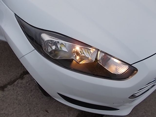 2015 Ford Fiesta  DIESEL 1.5 TDCI VAN EURO 5/6 (FL65RVY) Image 25