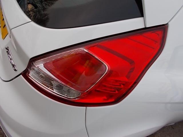 2015 Ford Fiesta  DIESEL 1.5 TDCI VAN EURO 5/6 (FL65RVY) Image 26