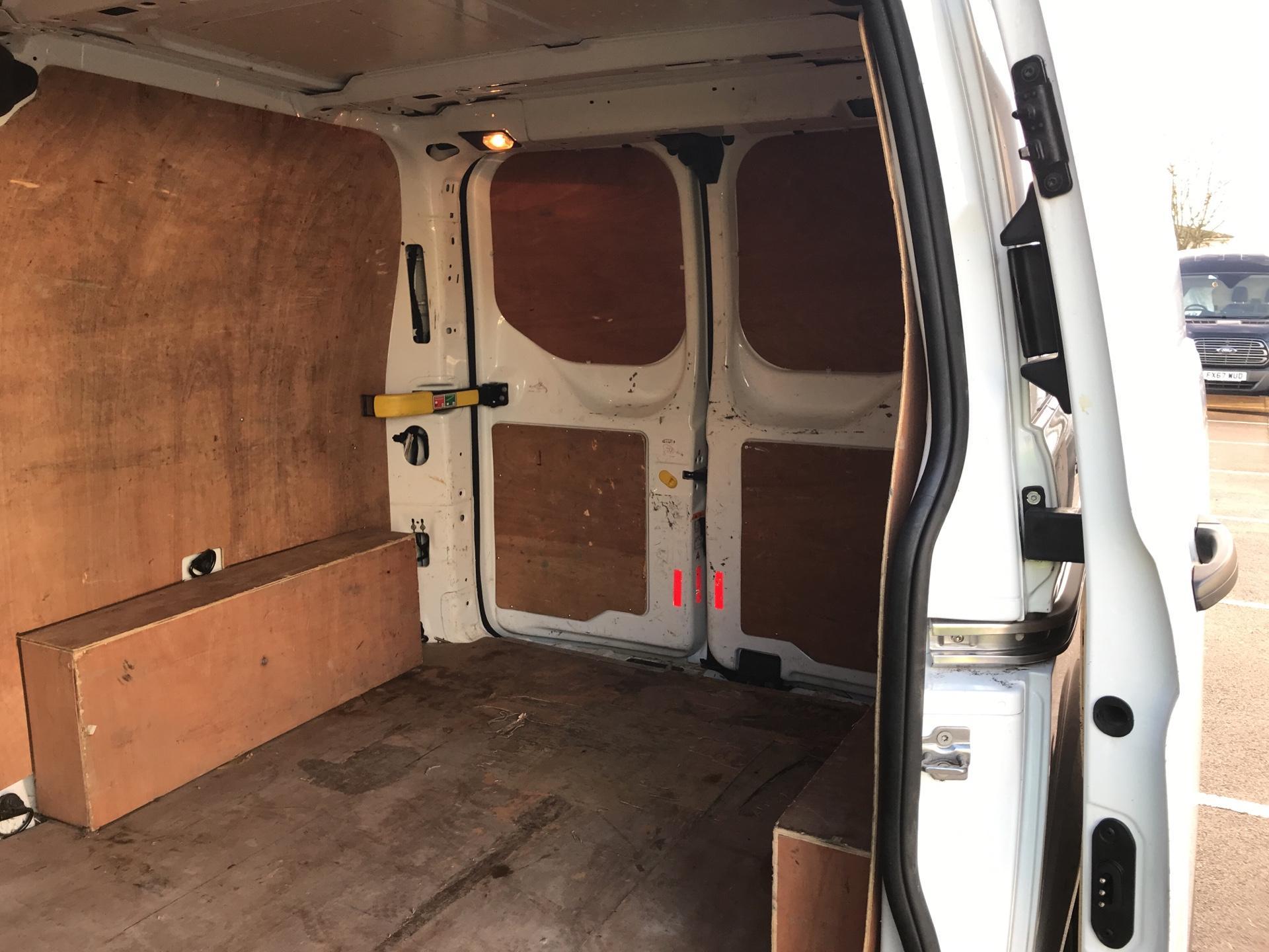 2015 Ford Transit Custom DIESEL L1 FWD 2.2 TDCI 100PS LOW ROOF VAN EURO 5  (FL65RWY) Image 18