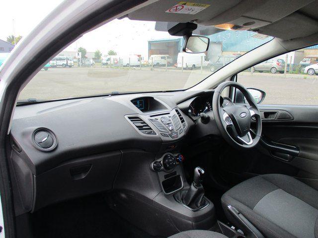 2015 Ford Fiesta DIESEL 1.5 TDCI VAN EURO 6. AIR CON (FL65RYU) Image 10