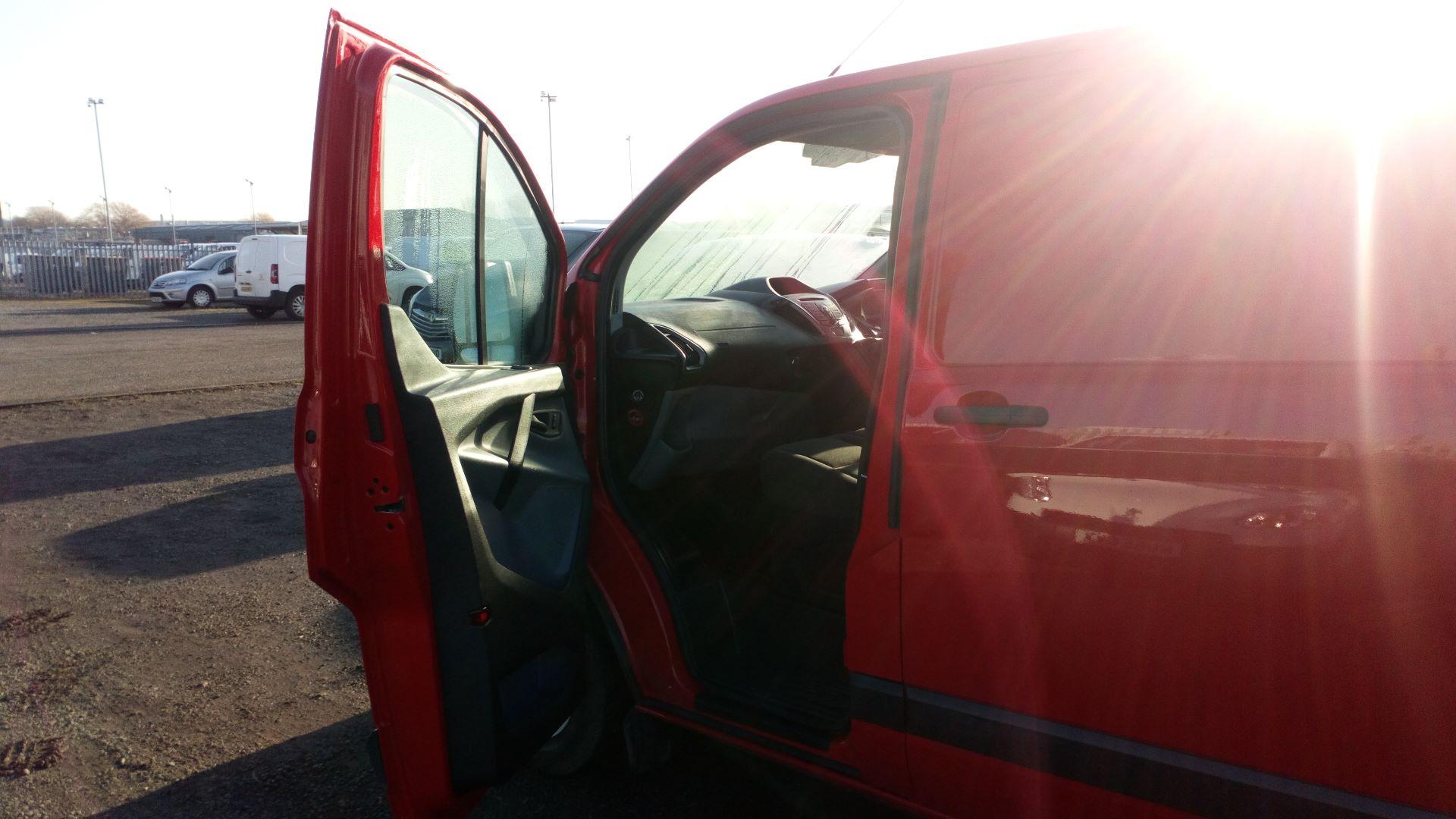2015 Ford Transit Custom 2.2 Tdci 100Ps Low Roof Van (FL65SXS) Image 12