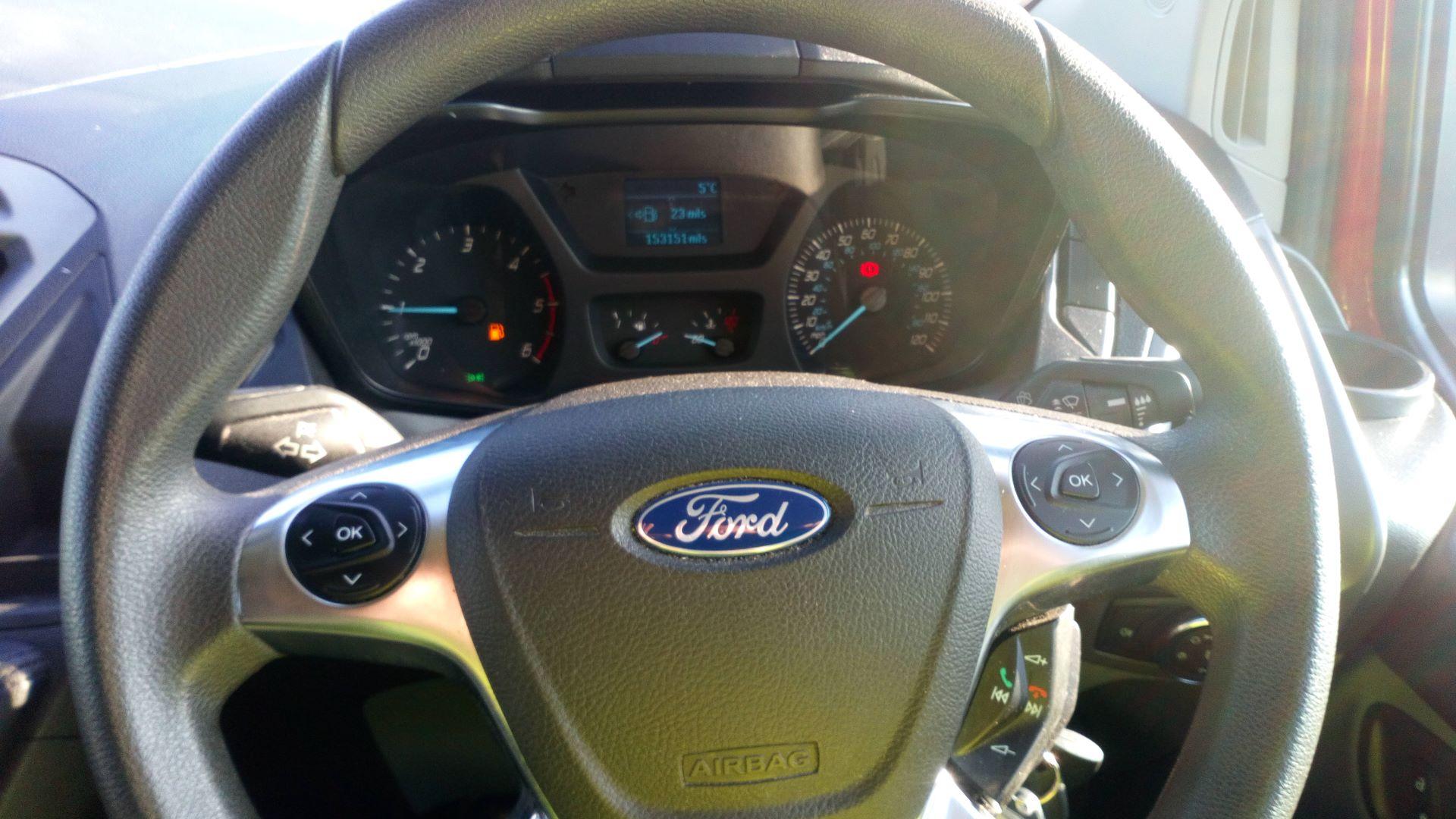 2015 Ford Transit Custom 2.2 Tdci 100Ps Low Roof Van (FL65SXS) Image 14