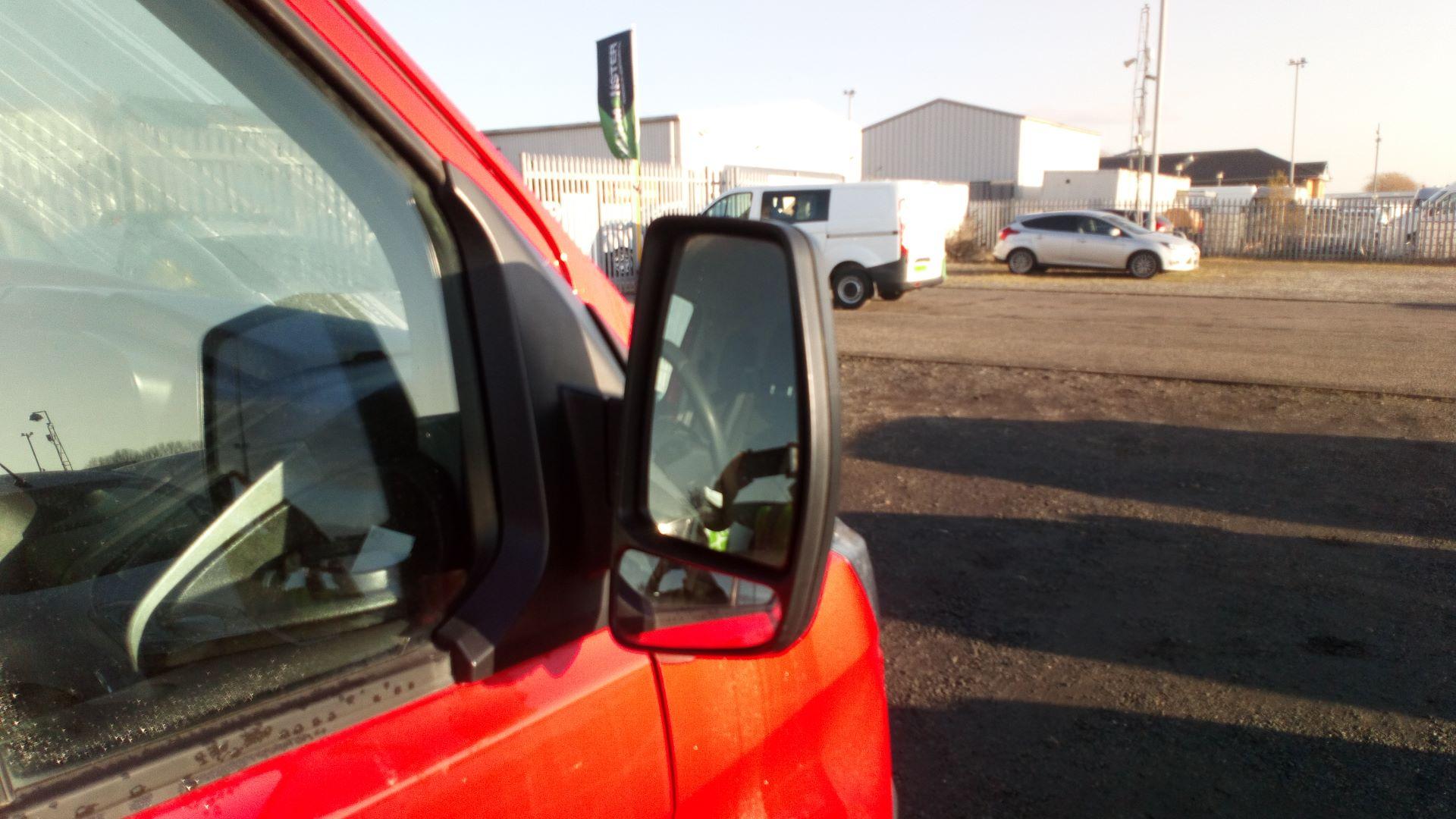2015 Ford Transit Custom 2.2 Tdci 100Ps Low Roof Van (FL65SXS) Image 10