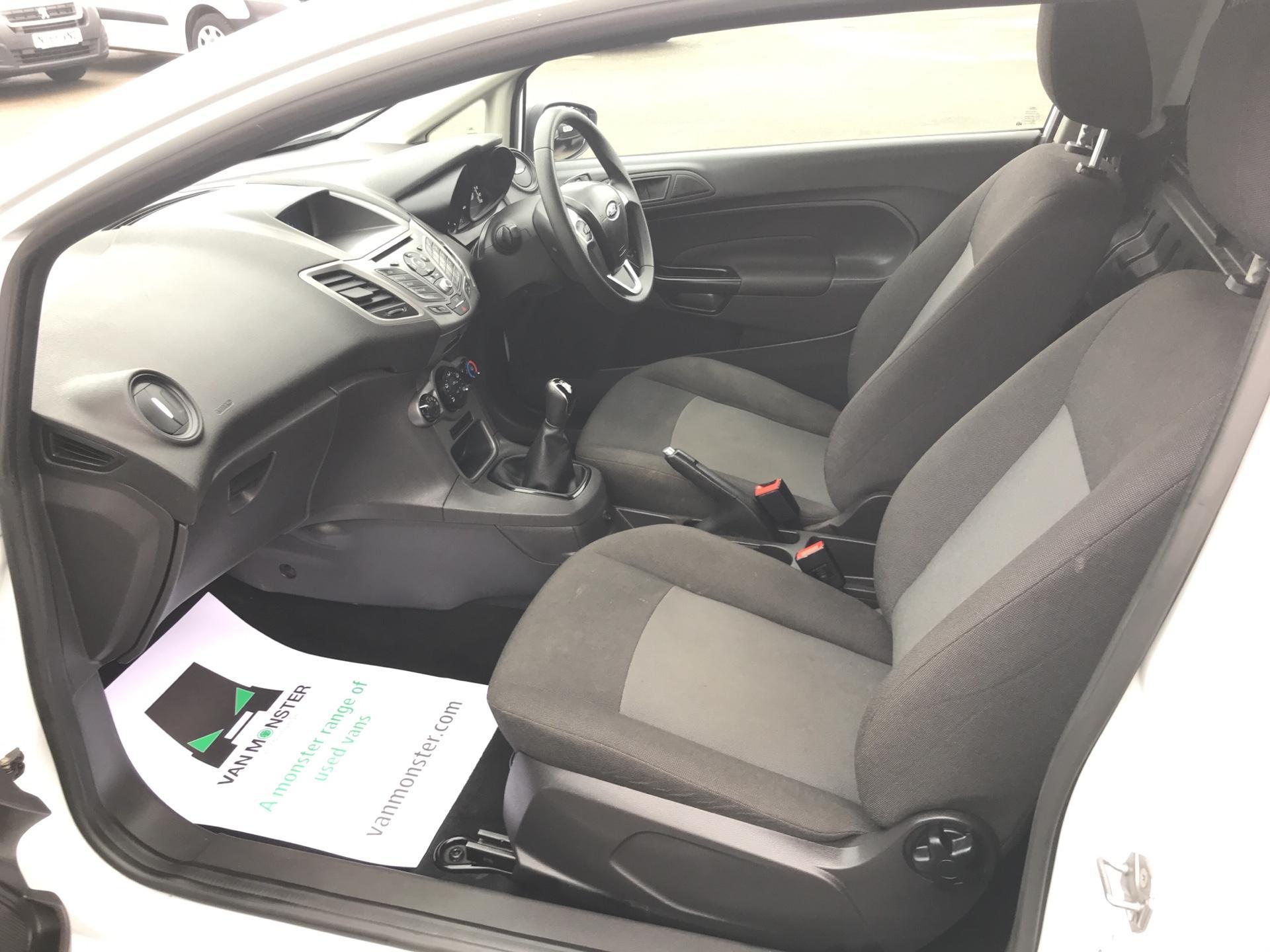 2015 Ford Fiesta  DIESEL 1.5 TDCI VAN EURO 5/6 (FL65SXU) Image 14