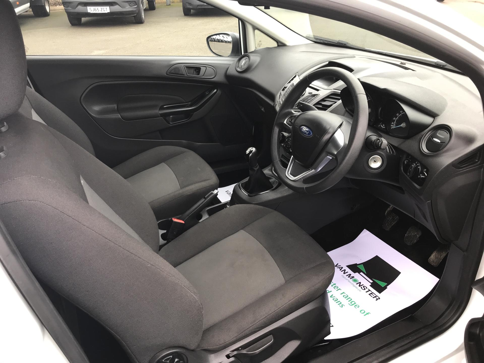 2015 Ford Fiesta  DIESEL 1.5 TDCI VAN EURO 5/6 (FL65SXU) Image 9