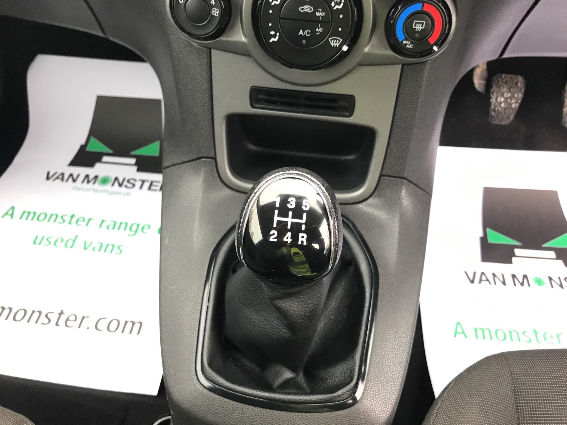 2015 Ford Fiesta  DIESEL 1.5 TDCI VAN EURO 5/6 (FL65SXU) Image 11