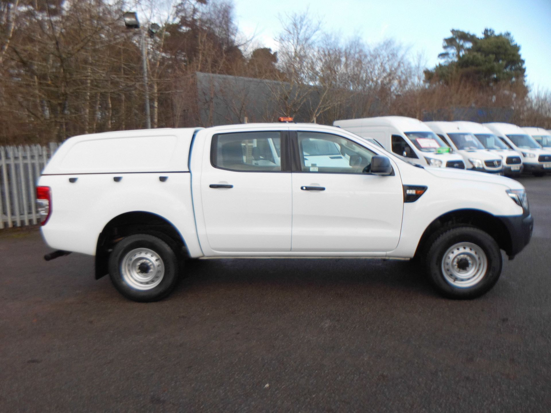 2015 Ford Ranger  Double Cab Pick Up XL 2.2 150 4WD EURO 5 (FL65SZG) Image 4