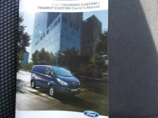 2016 Ford Transit Custom 290 L1 DIESEL FWD 2.2 TDCI 100PS LOW ROOF VAN EURO 5 (FL66EFB) Image 29
