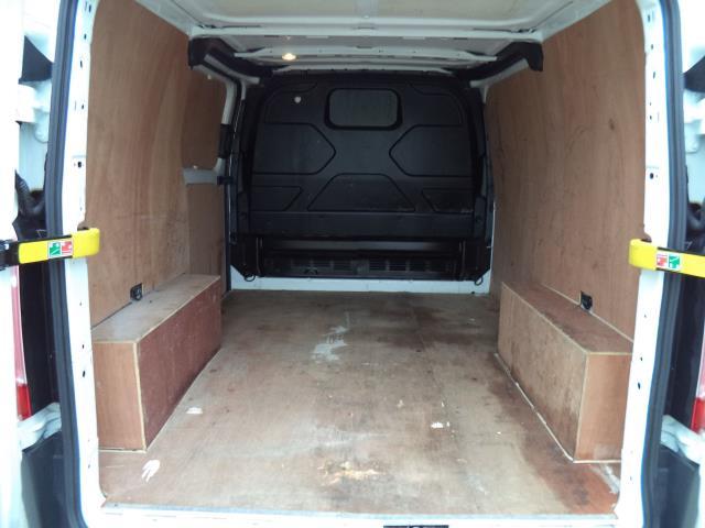 2016 Ford Transit Custom 290 L1 DIESEL FWD 2.2  TDCI 100PS LOW ROOF VAN EURO 5 (FL66EFR) Image 7