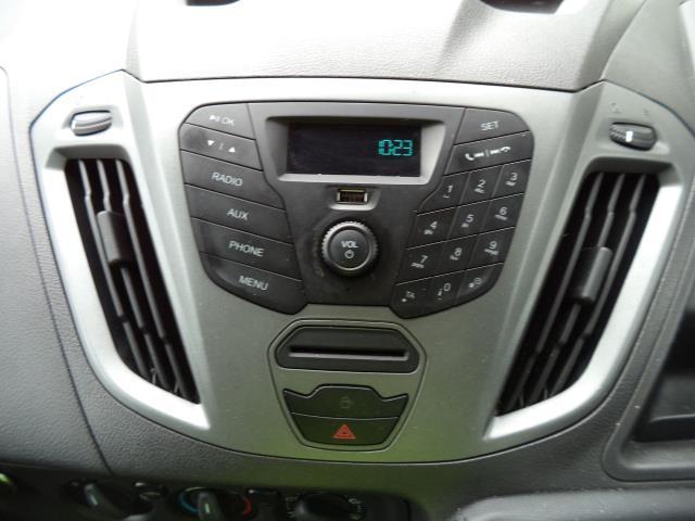 2016 Ford Transit Custom 290 L1 DIESEL FWD 2.2  TDCI 100PS LOW ROOF VAN EURO 5 (FL66EFR) Image 13