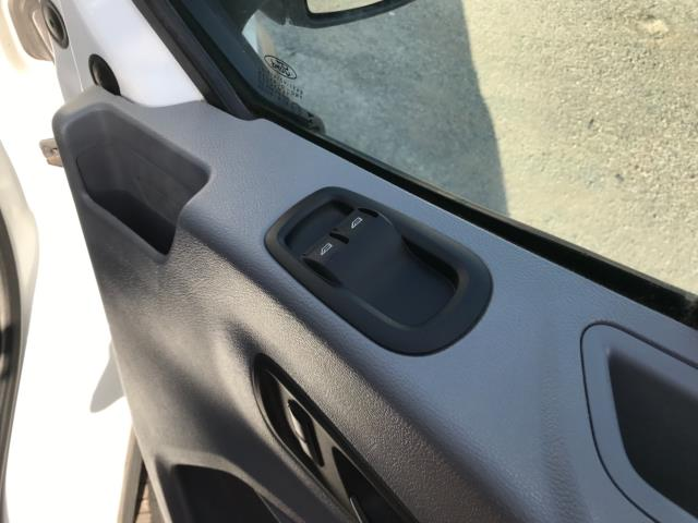 2016 Ford Transit  350 L2 SINGLE CAB TIPPER 125PS EURO 5 (FL66FAA) Image 15