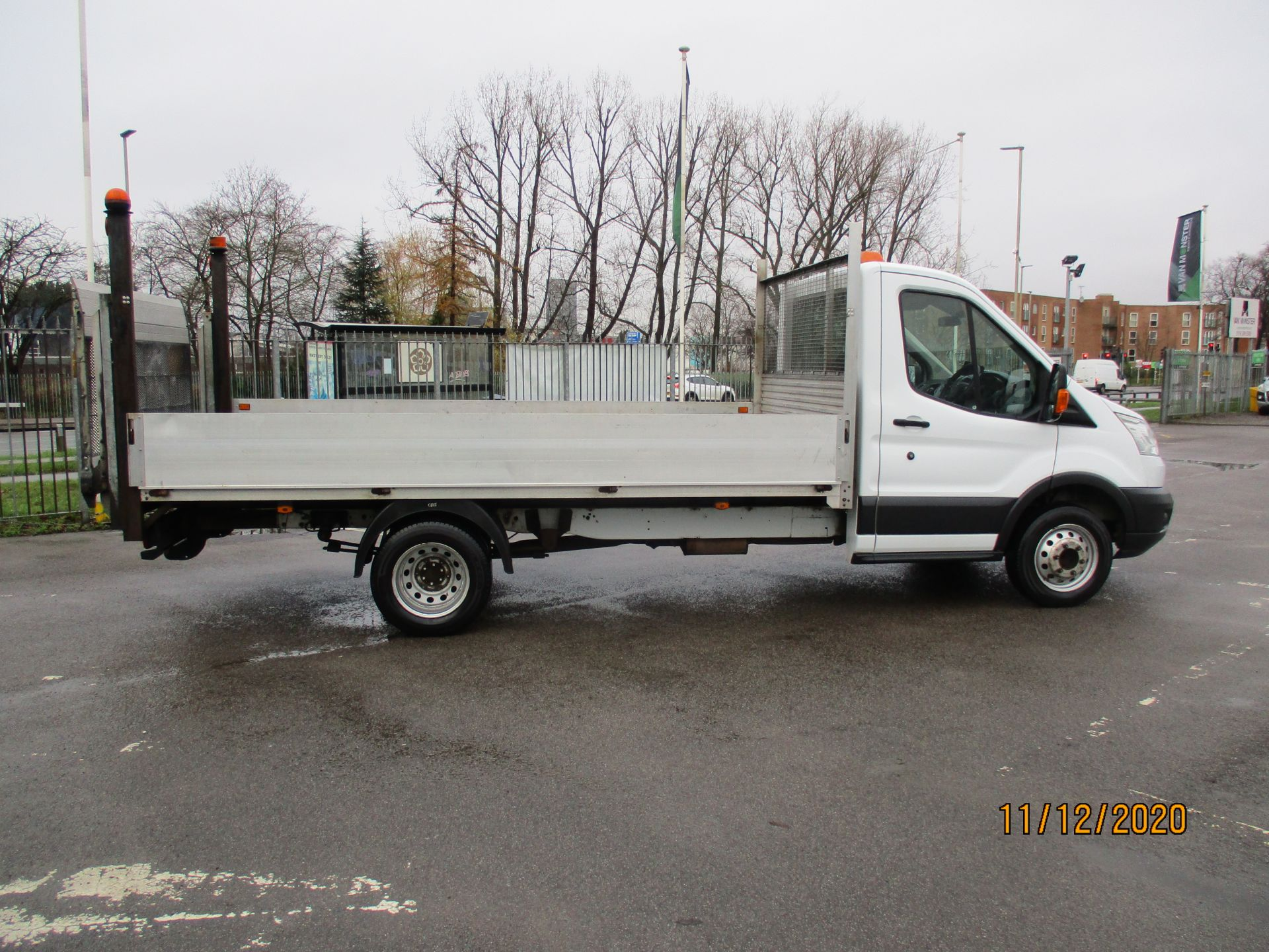 2016 Ford Transit 2.2 Tdci 125Ps Chassis Cab (FL66FAK) Image 8