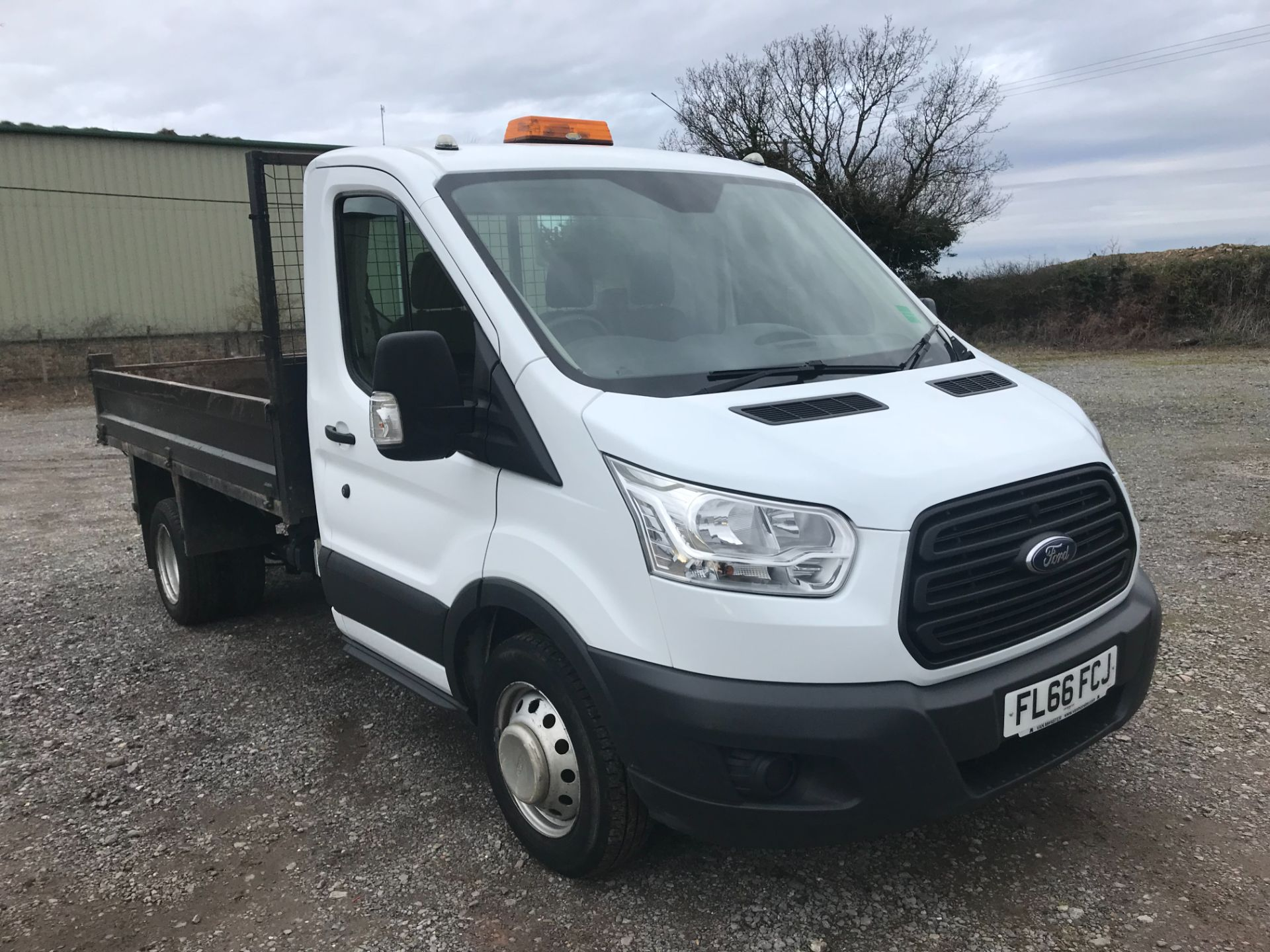 2016 Ford Transit  350 L2 SINGLE CAB TIPPER 125PS EURO 5 (FL66FCJ)