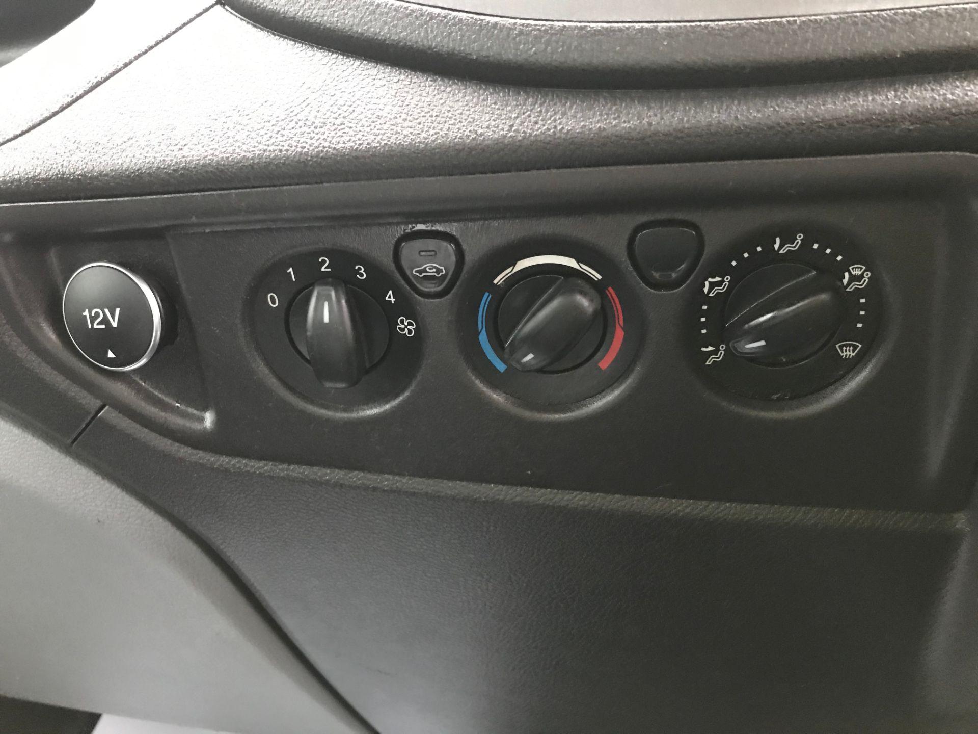 2016 Ford Transit 350 L3 DROP SIDE 125PS EURO 5 T/L (FL66FDP) Image 21