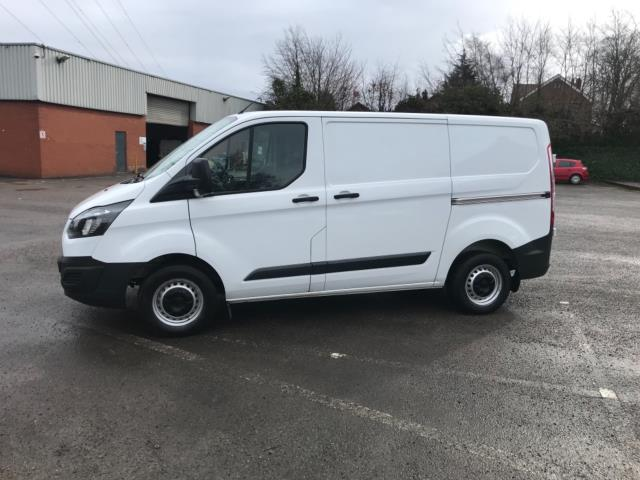 2017 Ford Transit Custom 2.0 Tdci 105Ps Low Roof Van Euro 6 (FL67OXJ) Image 5