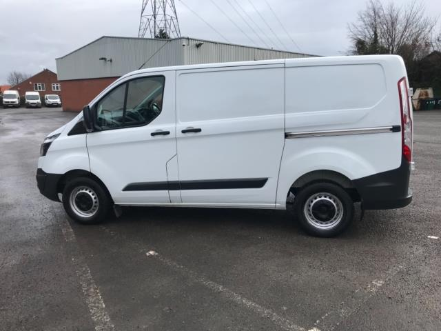 2017 Ford Transit Custom 2.0 Tdci 105Ps Low Roof Van Euro 6 (FL67OXJ) Image 4