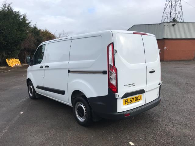 2017 Ford Transit Custom 2.0 Tdci 105Ps Low Roof Van Euro 6 (FL67OXJ) Image 6