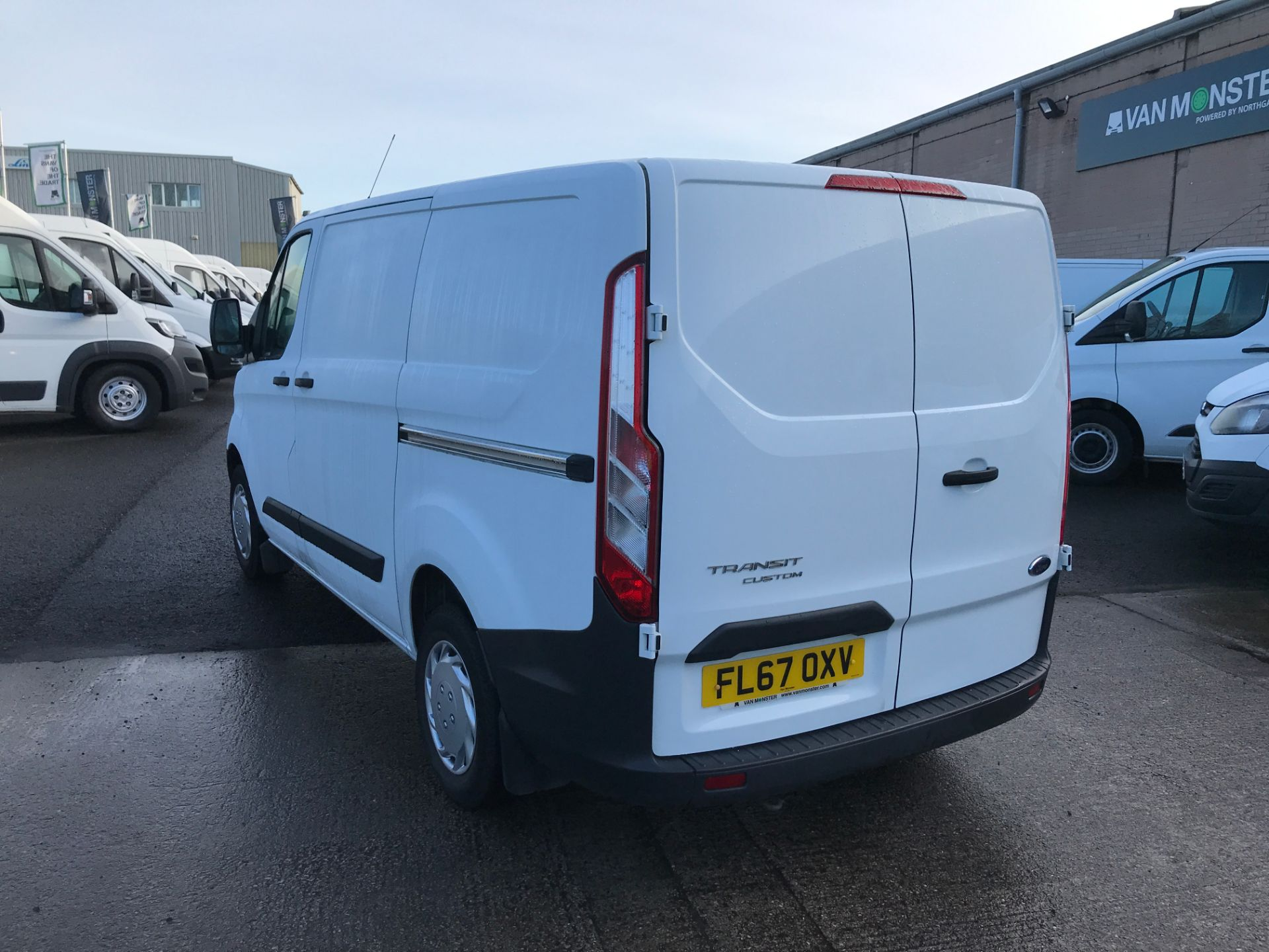 2017 Ford Transit Custom 290 L1 2.0TDCI 105PS LOW ROOF EURO 6 (FL67OXV) Image 10