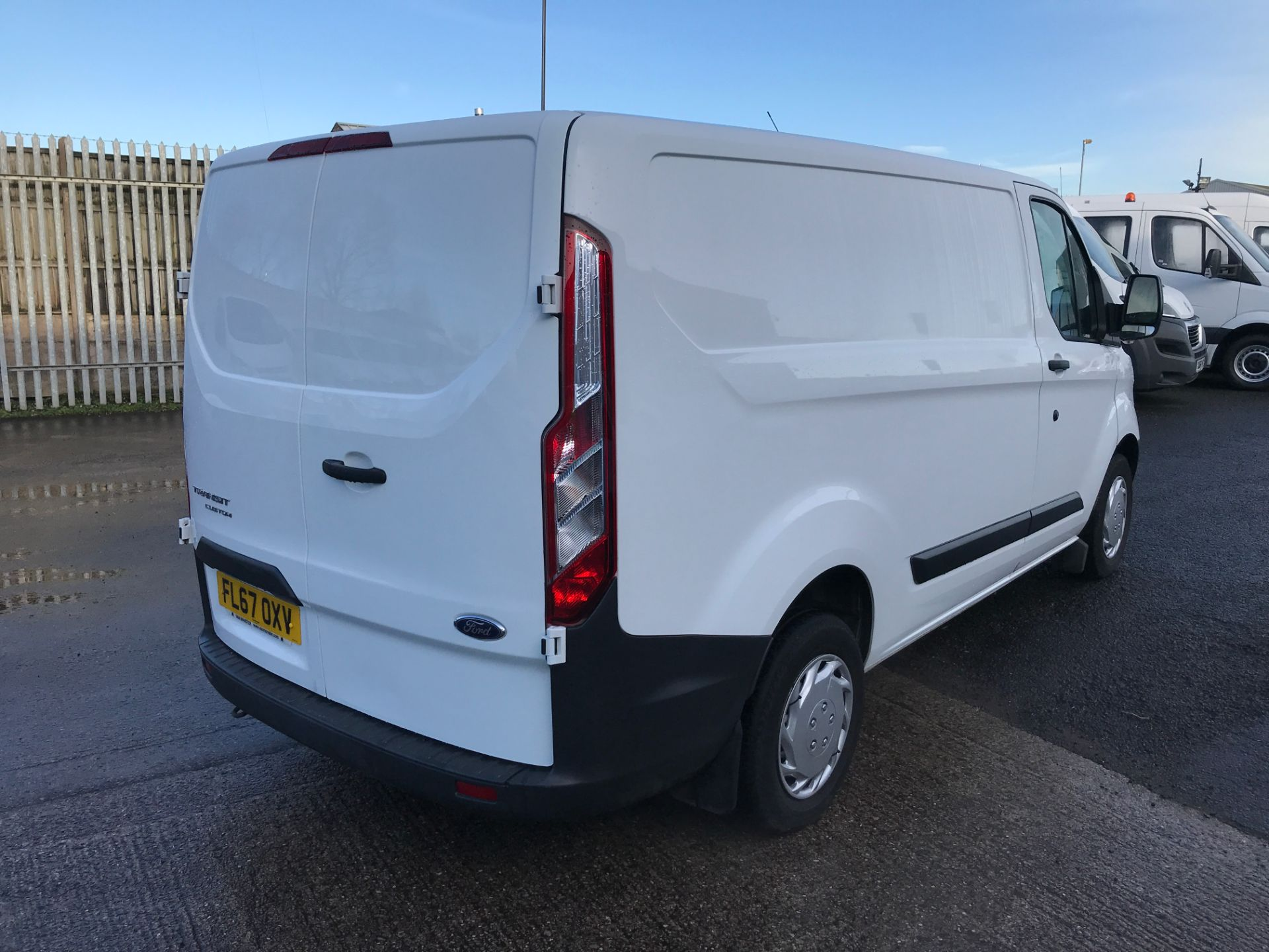 2017 Ford Transit Custom 290 L1 2.0TDCI 105PS LOW ROOF EURO 6 (FL67OXV) Image 8
