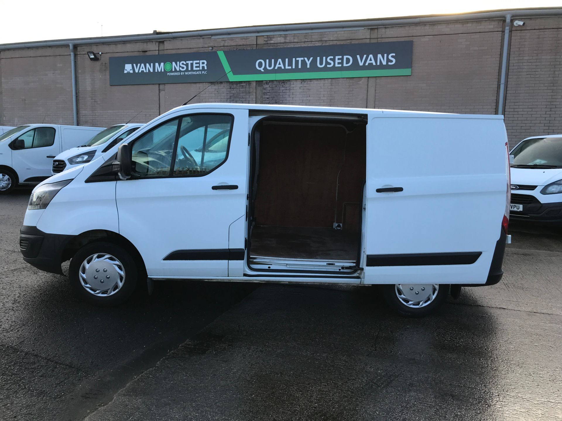 2017 Ford Transit Custom 290 L1 2.0TDCI 105PS LOW ROOF EURO 6 (FL67OXV) Image 15