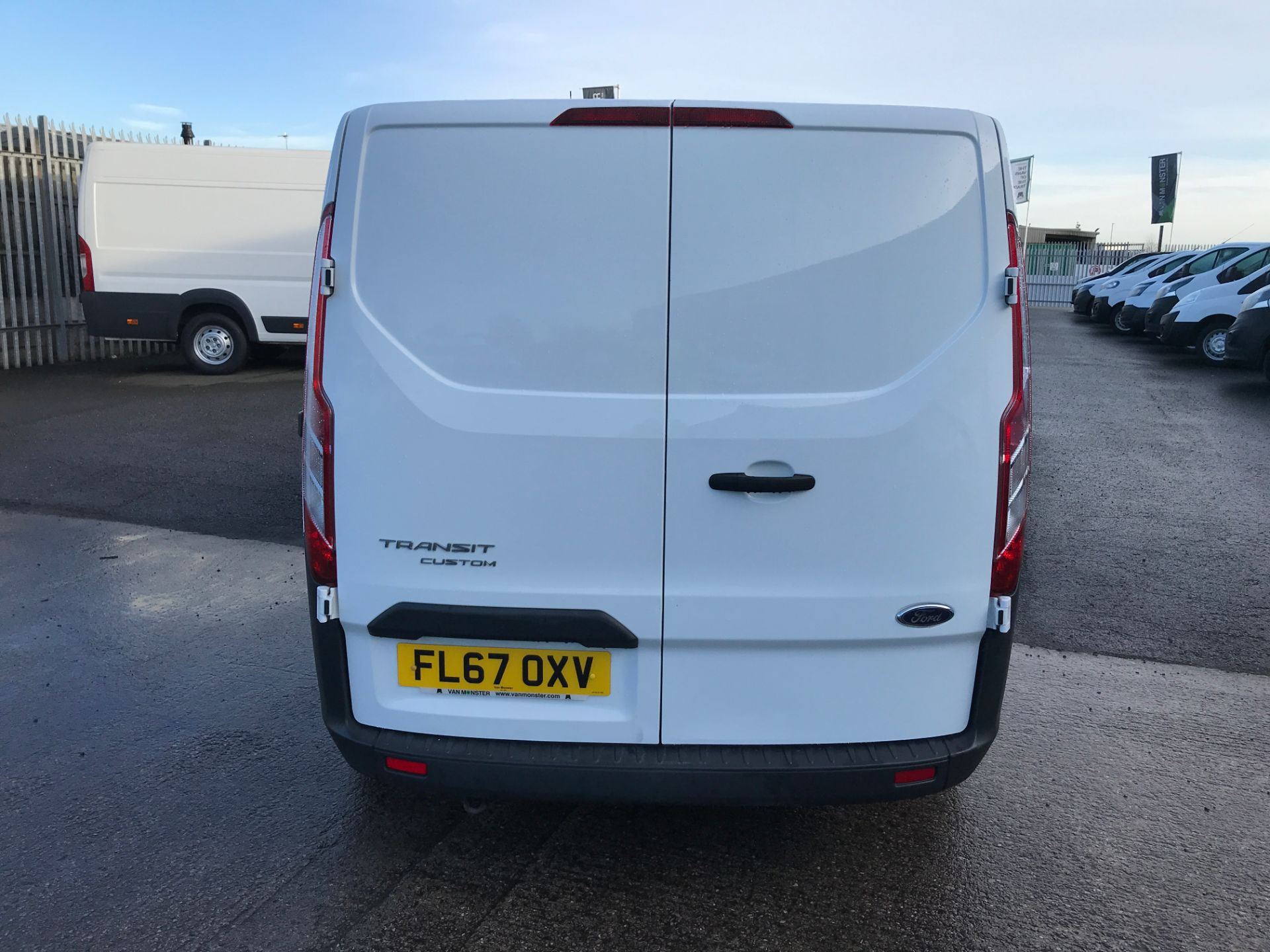 2017 Ford Transit Custom 290 L1 2.0TDCI 105PS LOW ROOF EURO 6 (FL67OXV) Image 9