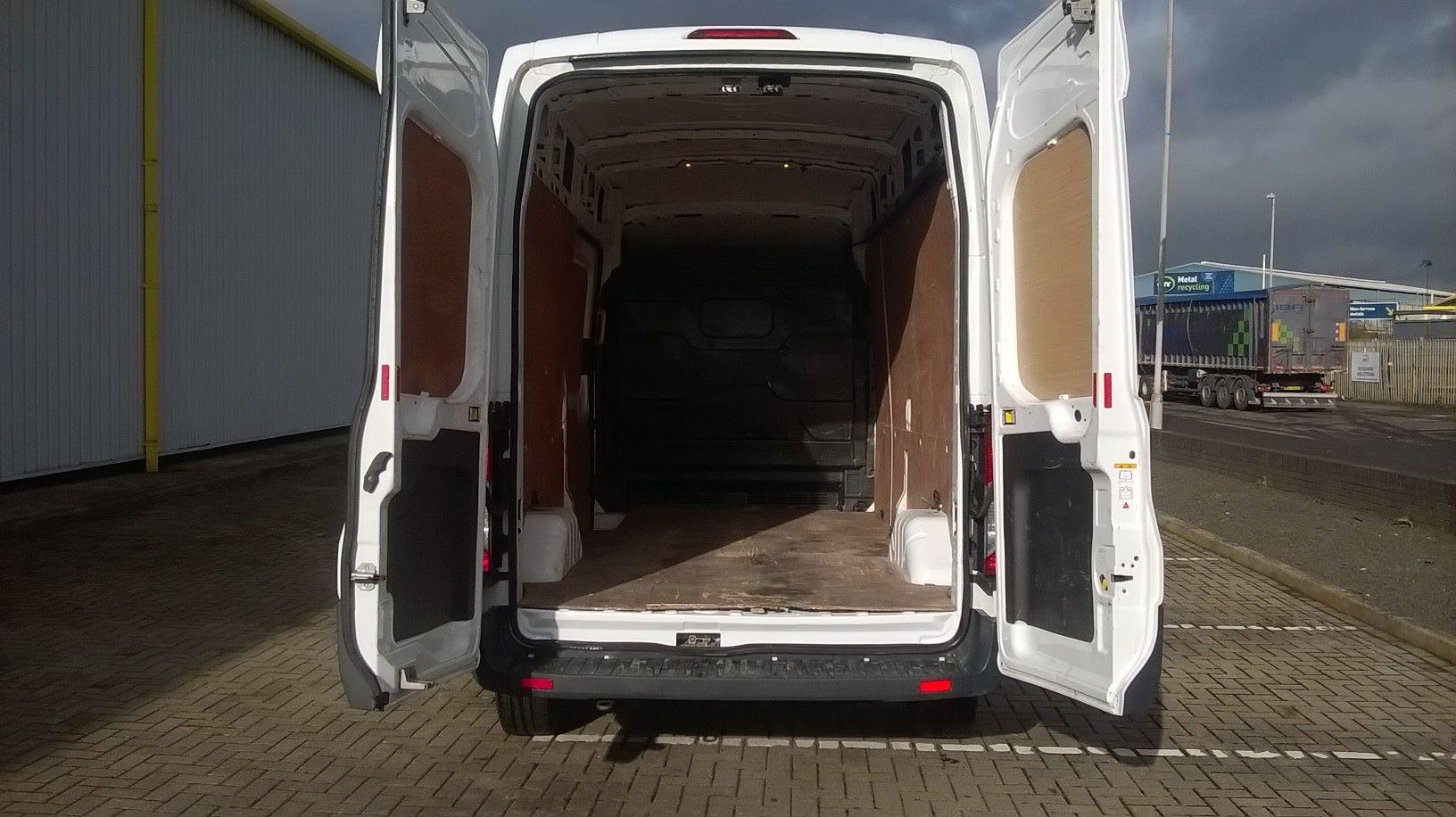2017 Ford Transit L3 H3 VAN 130PS EURO 6 (FL67PFX) Image 9