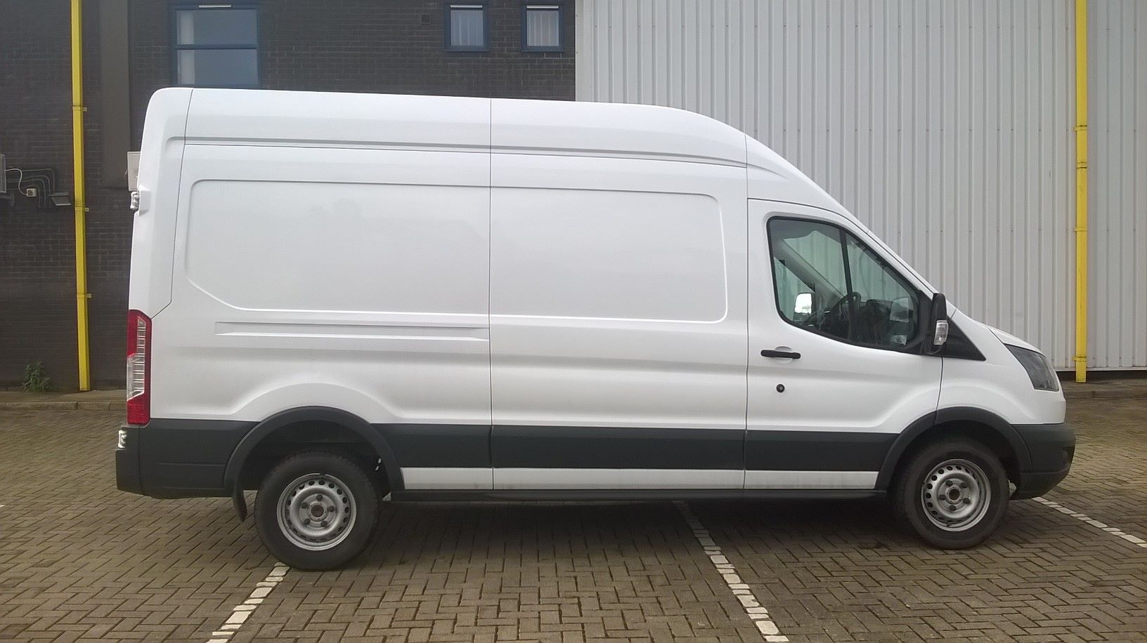 2017 Ford Transit L3 H3 VAN 130PS EURO 6 (FL67PFX) Image 11