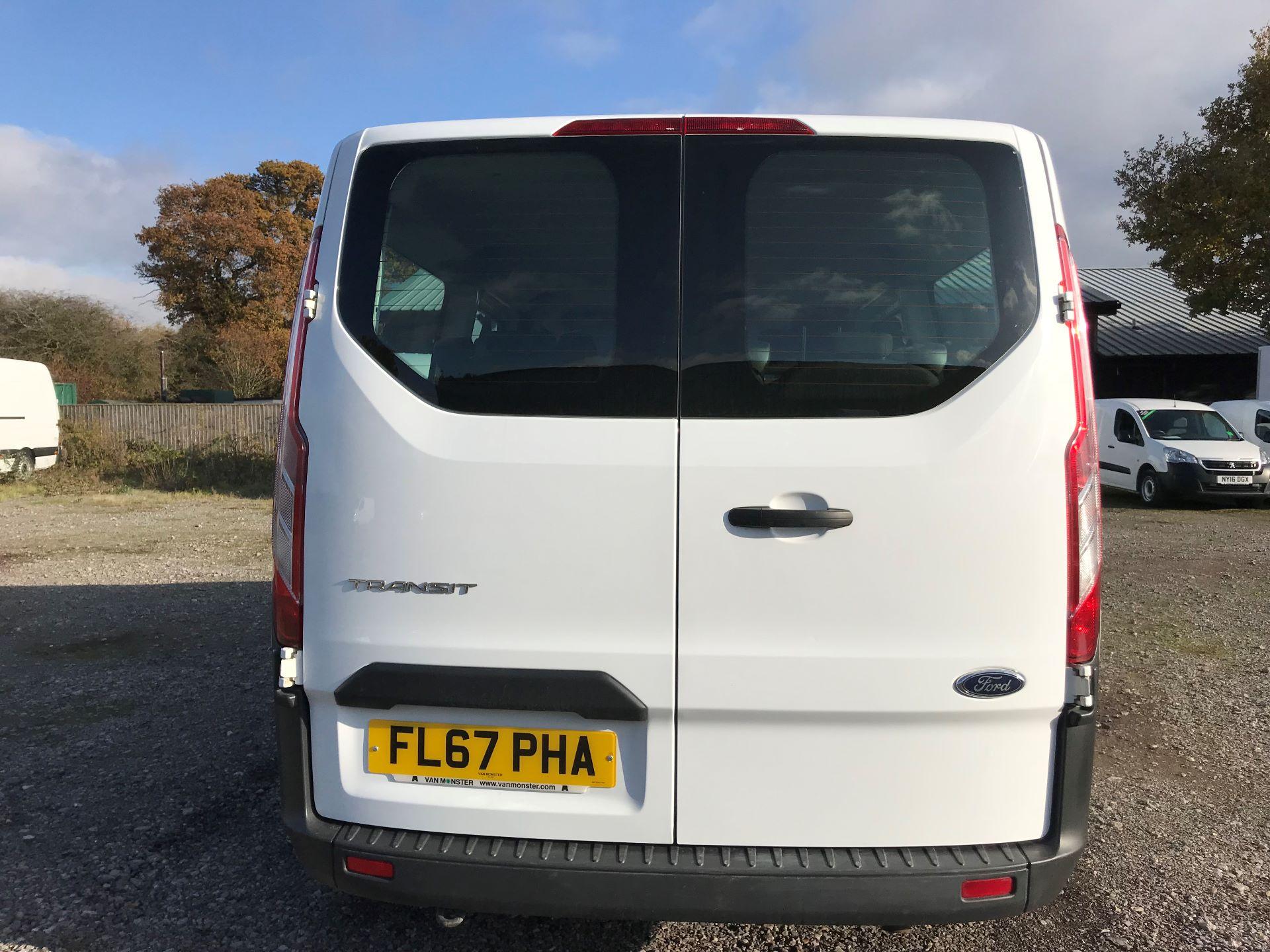 2017 Ford Transit Custom  310  L2  LOW ROOF  KOMBI 130PS EURO 6 (FL67PHA) Image 5