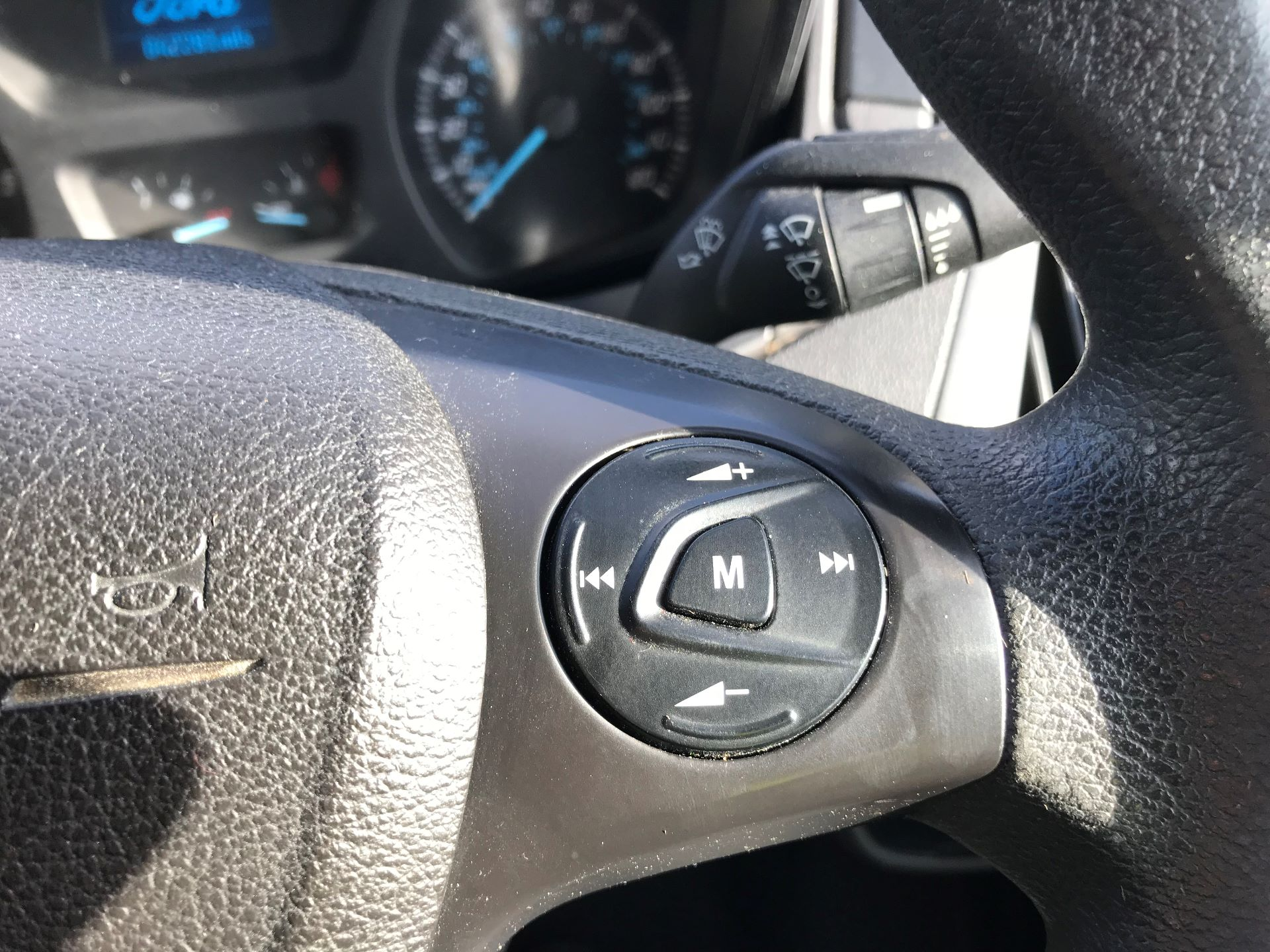2017 Ford Transit Custom  310  L2  LOW ROOF  KOMBI 130PS EURO 6 (FL67PHA) Image 32