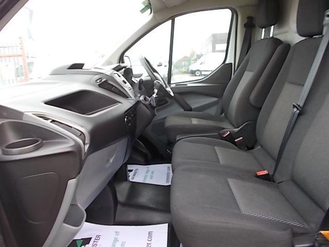 2017 Ford Transit Custom  290 L1 DIESEL FWD 2.0 TDCI 105PS LOW ROOF VAN EURO 6 (FL67PKN) Image 12