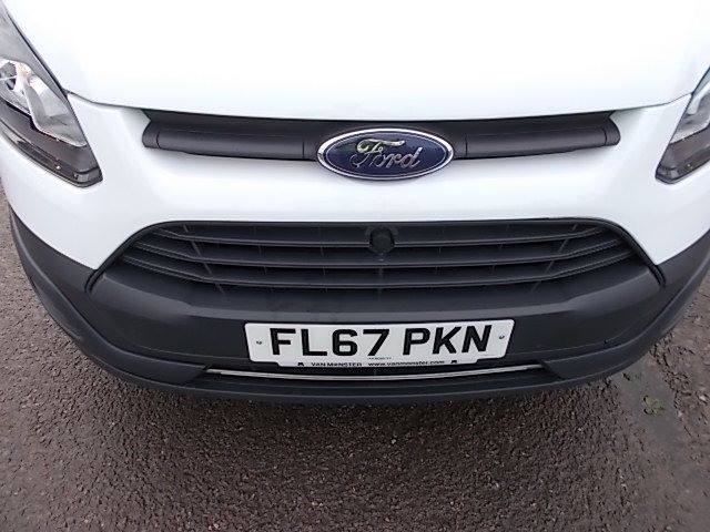 2017 Ford Transit Custom  290 L1 DIESEL FWD 2.0 TDCI 105PS LOW ROOF VAN EURO 6 (FL67PKN) Image 27