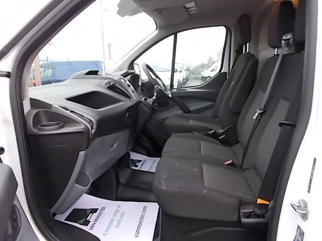 2017 Ford Transit Custom  290 L1 DIESEL FWD 2.0 TDCI 105PS LOW ROOF VAN EURO 6 (FL67PKN) Image 13