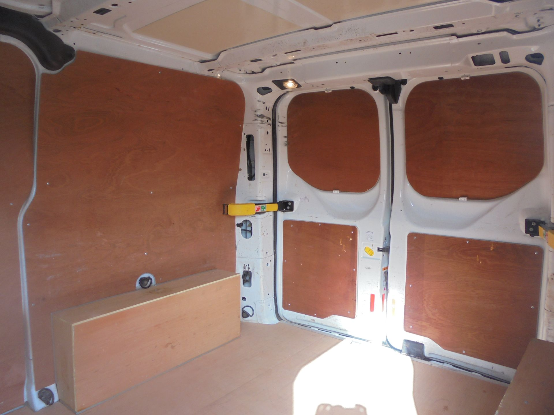 2017 Ford Transit Custom 2.0 Tdci 105Ps Low Roof Van (FL67PNF) Image 7