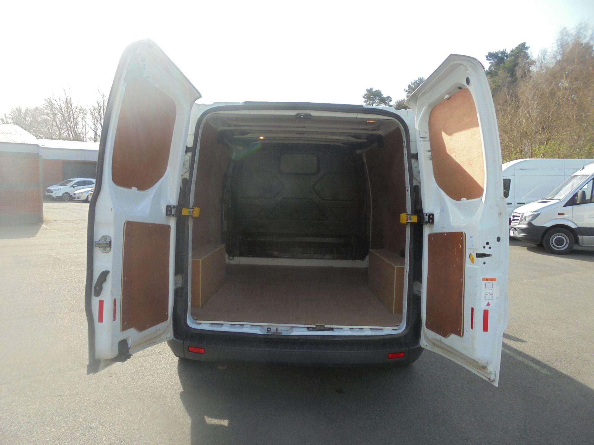 2017 Ford Transit Custom 2.0 Tdci 105Ps Low Roof Van (FL67PNF) Image 9